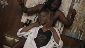 Samini - Turn Up (feat. Seyi Shay)(OFFICIAL VIDEO)