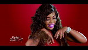 Ofori Amponsah ft. Kwabena Kwabena - 17 (OFFICIAL MUSIC VIDEO)