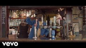 VIDEO: Mr Eazi - Short Skirt