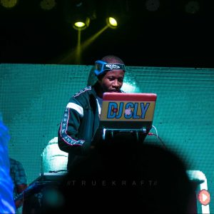 DJ Sly hosts biggest DJ Concert at West Hills Mall 1