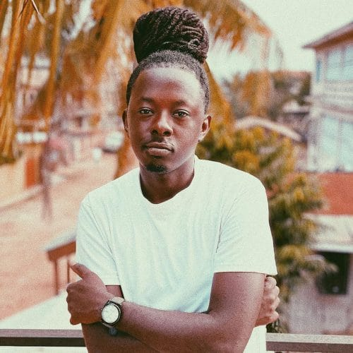 Ghanaian Producer iPappi Receives Plaque as Stonebwoy's 'Anloga Junction' Reaches 10 Million Streams