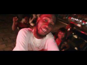 VIDEO Ypee - Didi Me Botom (feat. Oseikrom Sikanii)