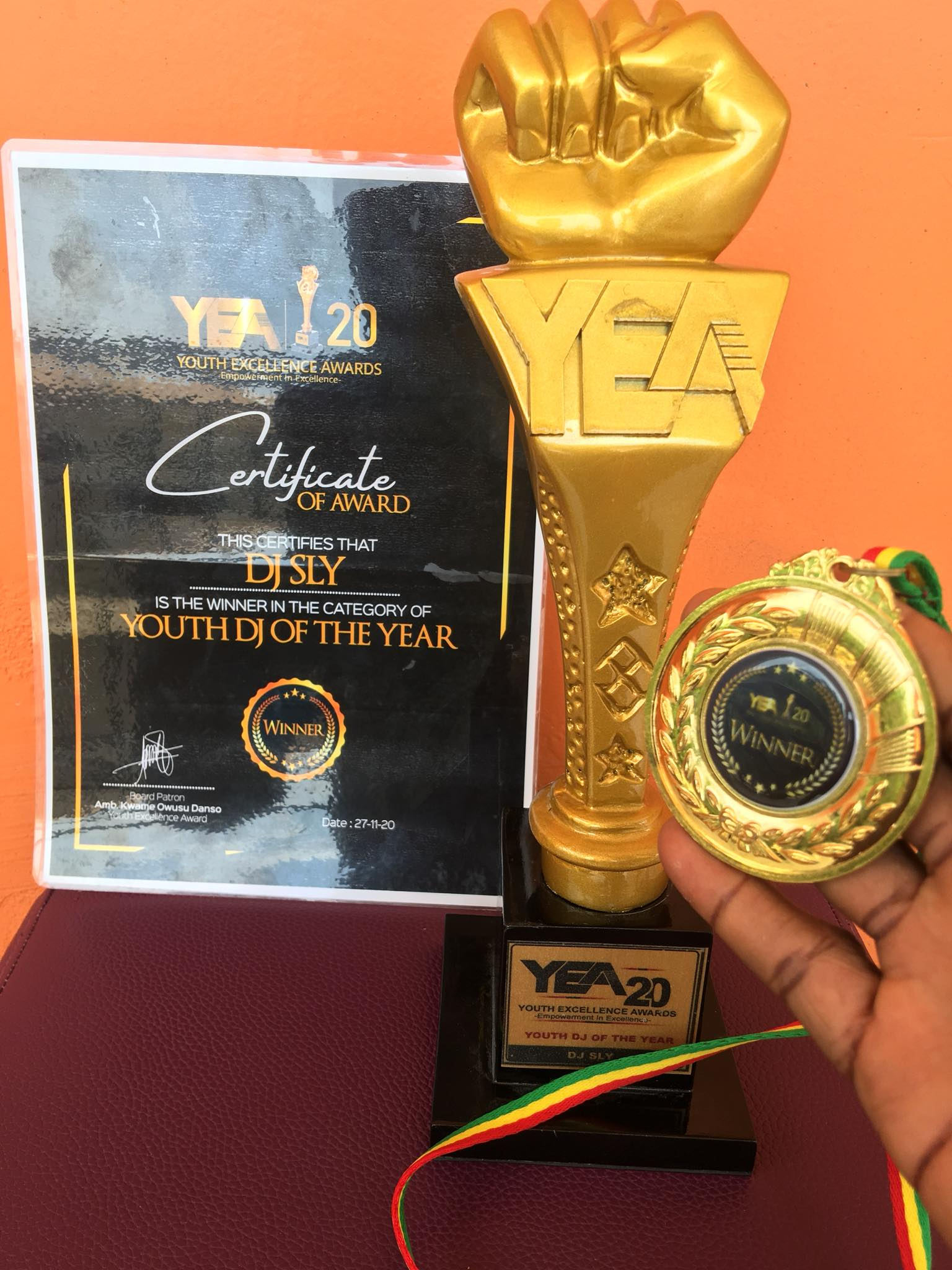 DJ Sly receives DJ of the Year Award at Youth Excellence Award 2020