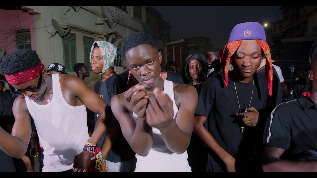 VIDEO: Kweku Darlington x Yaw TOG X Kweku Flick – Sika Aba Fie