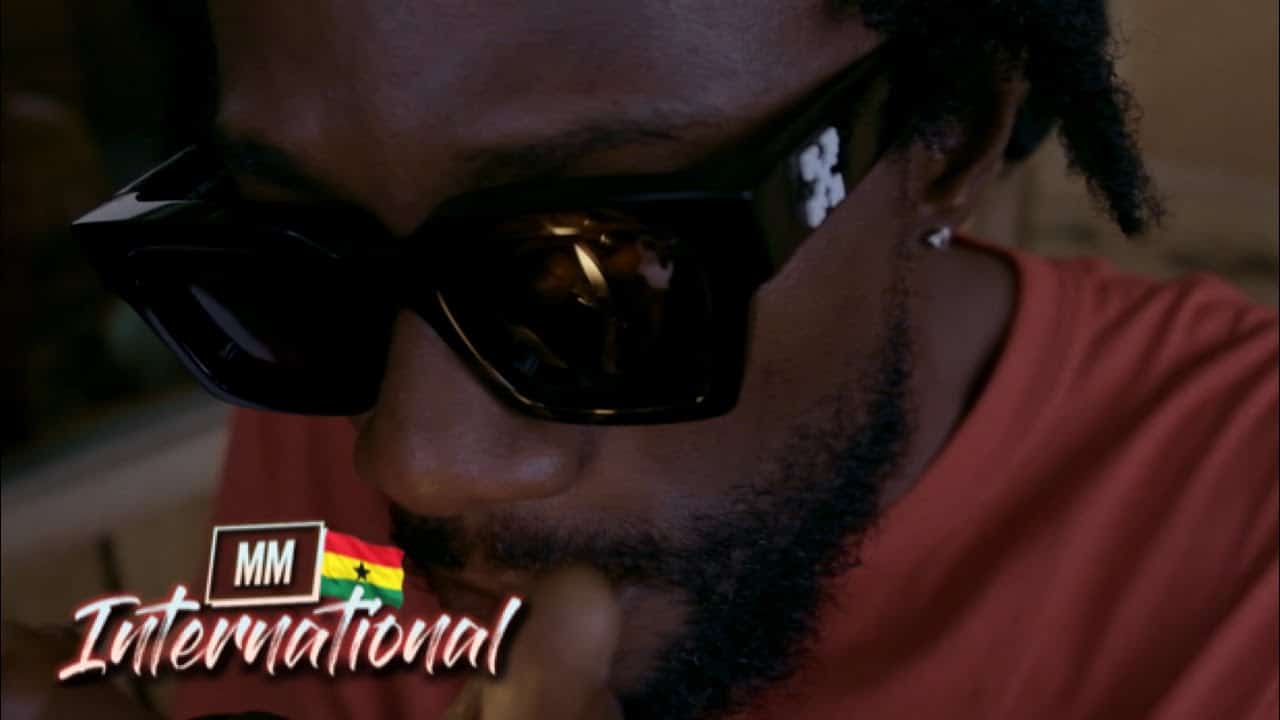 VIDEO: Kwaku DMC – Oh Please